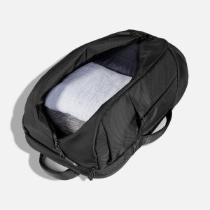 blog gadget travel bag accessory item buy water bottle head rest pillow jeans weight